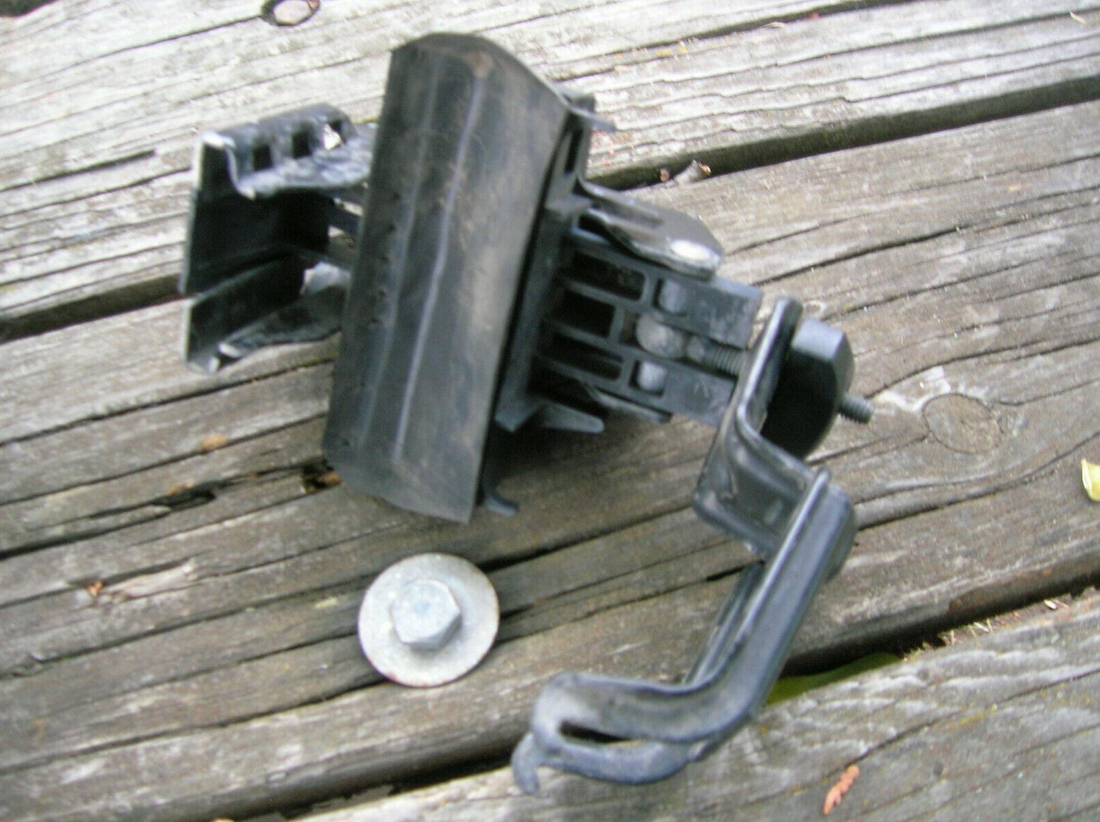 4pc THULE foot pack, rail no keys, no lock cores.